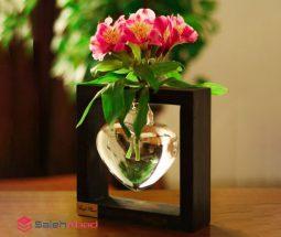فروش عمده گلدان قلبی شیشه ای قاب دار