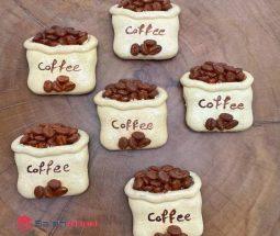 فروش عمده مگنت یخچالی طرح کیسه قهوه